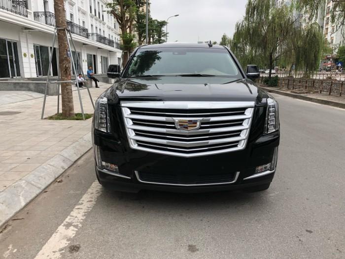 Cadillac Escalade ESV Platinum model 2017 màu đen, xe chạy 9000km - Giá cực hấp dẫn