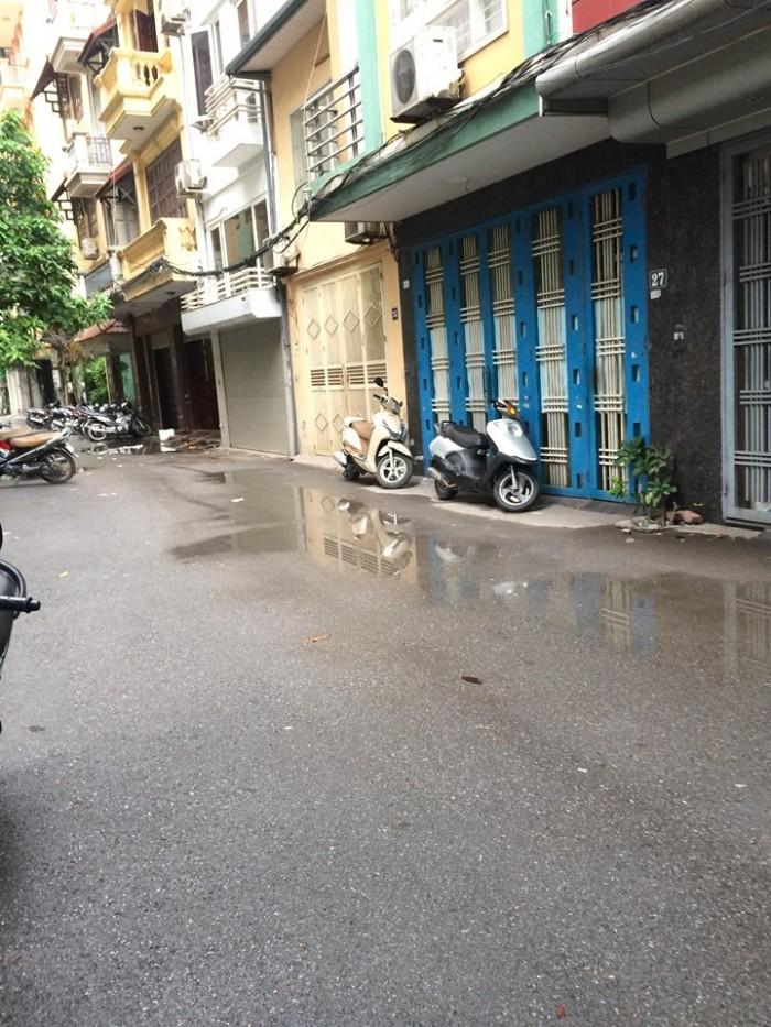 Kinh doanh ô tô tránh. Bán nhà Khuất Duy Tiến, Thanh Xuân.