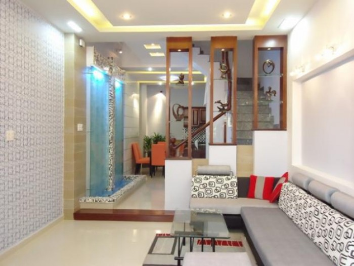 Bán nhà Mặt Tiền Lê Hồng Phong, Q.10, 125 m2, giá 3,5 tỷ