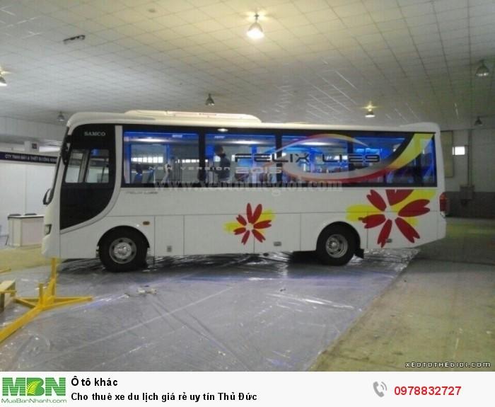 Cho thuê xe du lịch giá rẻ uy tín Thủ Đức