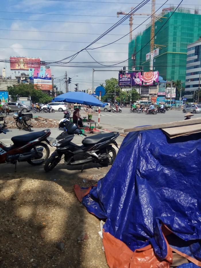 Bán nhà mặt phố Minh Khai Kim Ngưu Dt 120m2 vỉa Hè rộng 6m kinh doanh cực tốt giá 19.8 tỷ