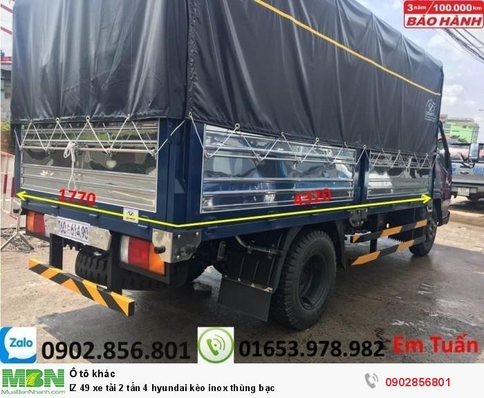 IZ 49 xe tải 2 tấn 4 hyundai kèo inox thùng bạc 1