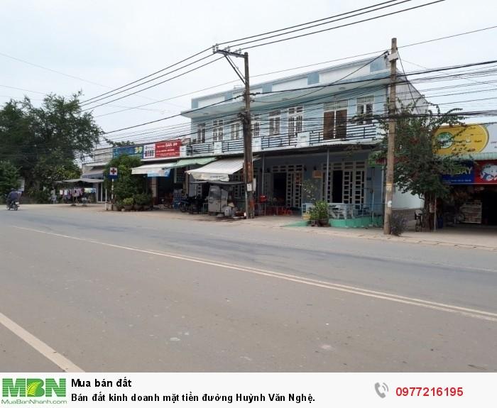 Bán đất kinh doanh mặt tiền đường Huỳnh Văn Nghệ.