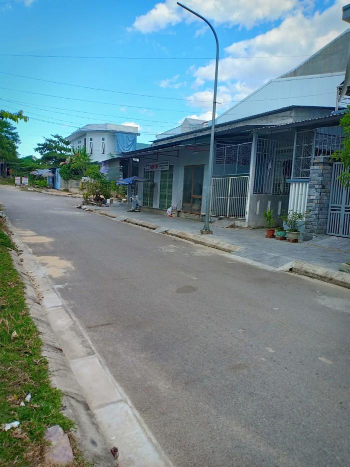 Đất mặt tiền Xóm Gióng, trung tâm làng ĐH Huế,Gía tốt, sổ đỏ chính chủ