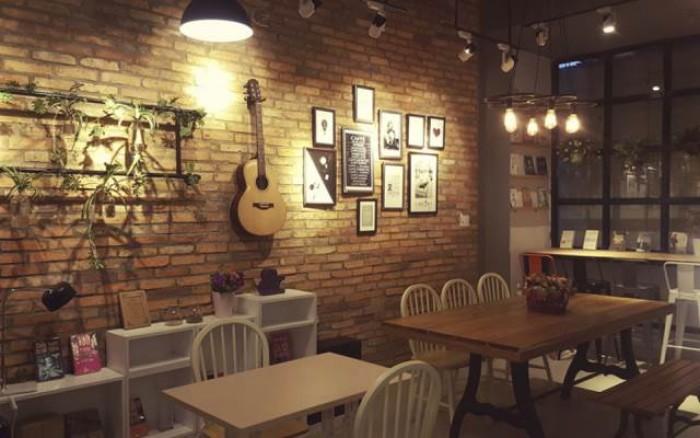 Sang nhượng quán Café đẹp nhất Phố Nguyễn Sơn, Long Biên 200m2, vỉa hè cực rộng, thuê ngay