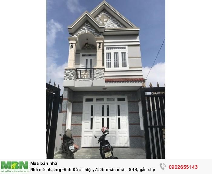 Nhà mới đường Đinh Đức Thiện, 750tr nhận nhà – SHR, gần chợ Hưng Long