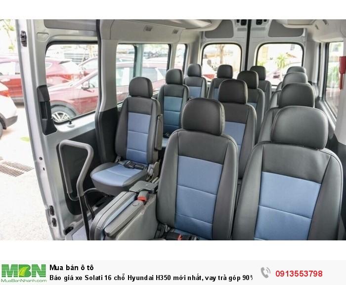 Khoang hành khách rộng rãi - Khuyến mãi mua xe Hyundai Solati H350 16 chổ - Xe Hyundai 16 chổ - Gọi 0913553798 (24/24)