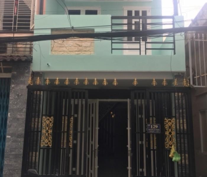 Bán Nhà giá rẻ MT Đ. Nguyễn Lộ Trạch, DT 3.5 x15.5m, 1 lầu mới, đủ LG