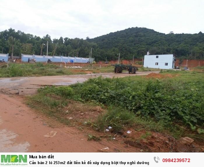 Cần bán 2 lô 253m2 đất liền kề để xây dựng biệt thự nghỉ dưỡng, bungalow, Cây Thông Ngoài, Phú Quốc