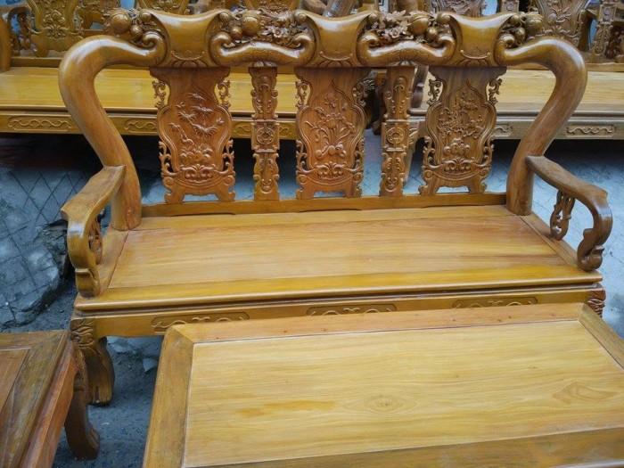 Bộ bàn ghế đục đào gỗ nghiến2