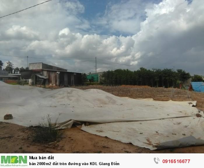 Bán 2000m2 đất trên đường vào KDL Giang Điền