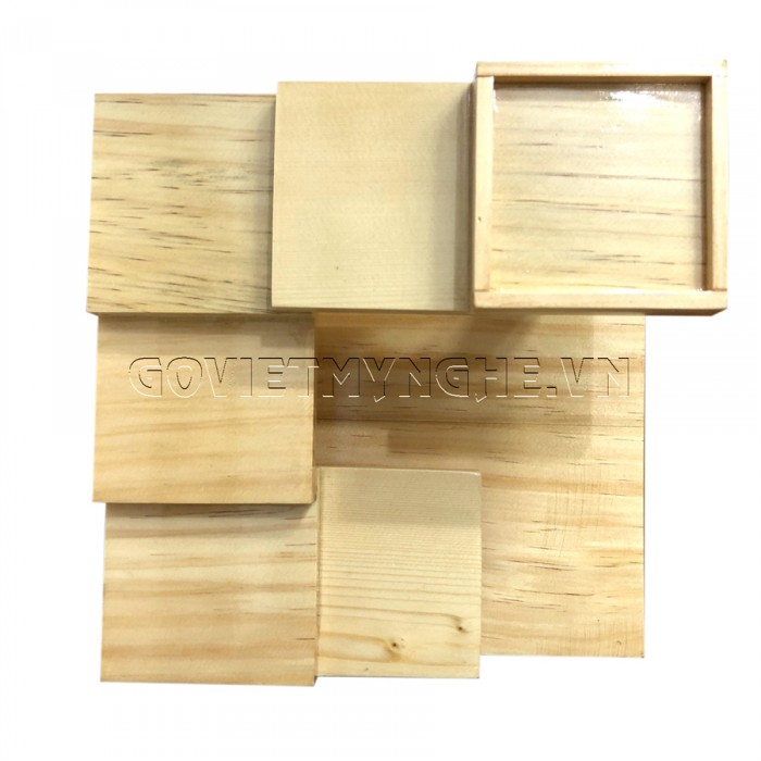 + Khay gỗ bậc thang được làm từ chất liệu gỗ Thông tự nhiên, chất lượng gỗ đạt tiêu chuẩn vệ sinh an toàn thực phẩm và xuất khẩu sang nhiều nước.  + Khay gỗ bậc thang vuông kích thước: Dài 21cm x Rộng 21cm x Cao 12.5cm. GIÁ: 310.000₫   + Kích thước từng bậc thang: 7.5cm x 7.5cm.