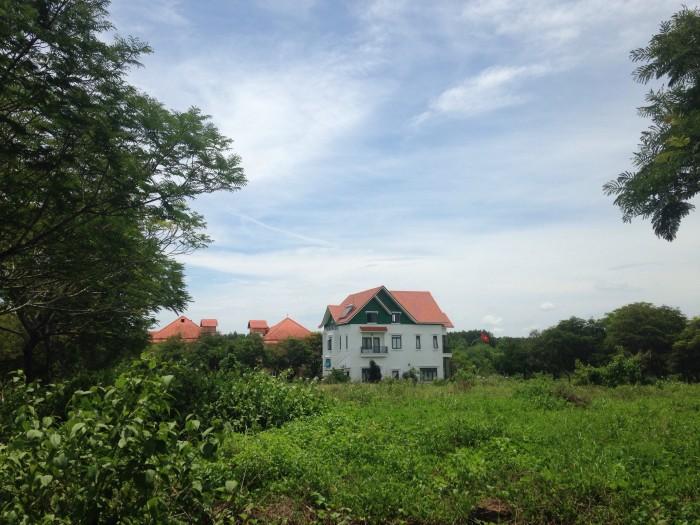 Nền thổ cư tại khu du lịch Giang Điền, Đồng Nai, diện tích 380 m2, view sông hồ, đường nội bộ, sổ hồng đầy đủ