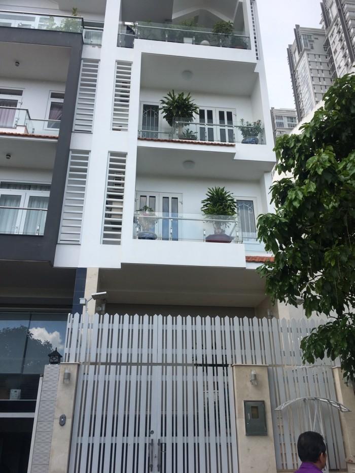 GẤP! Bán nhà mặt tiền Nguyễn Tri Phương, Q.10, 93m2, SHR