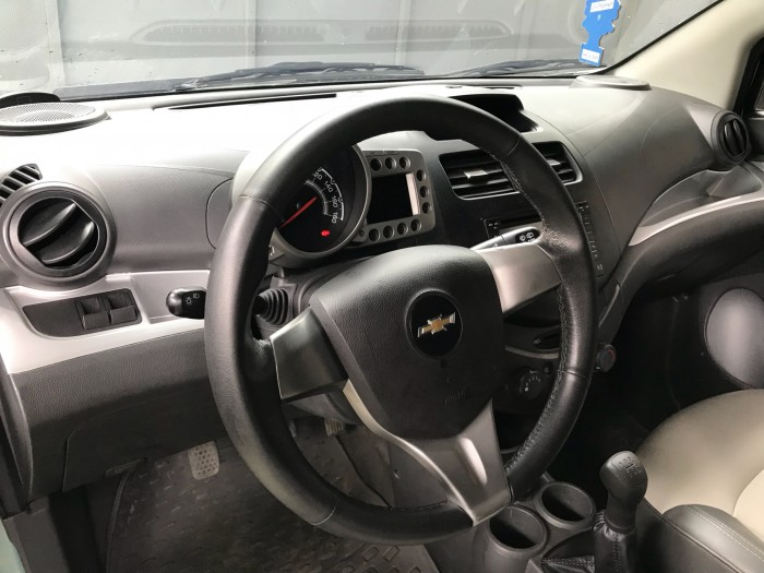 Bán gấp Chevrolet Spark LT 2013 xanh ngọc xe đi giữ rất kỹ 2