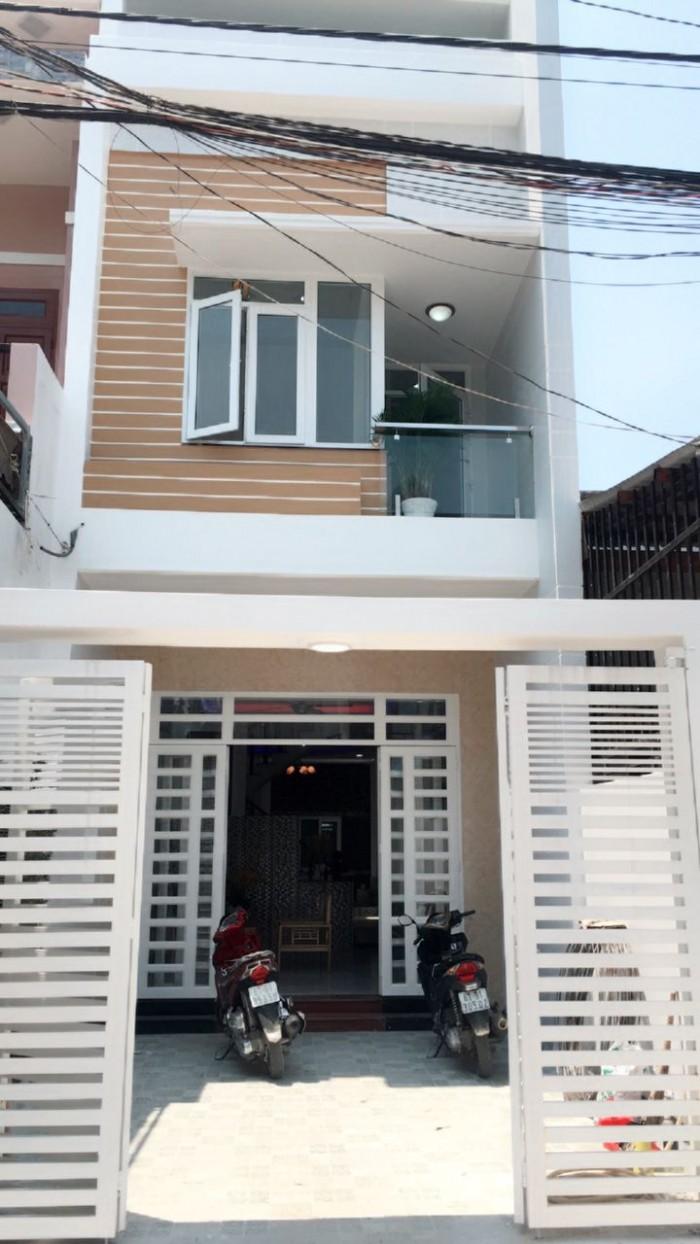 GẤP! Bán nhà mặt tiền Nguyễn Trãi, Q.5, 84 m2, SHR.