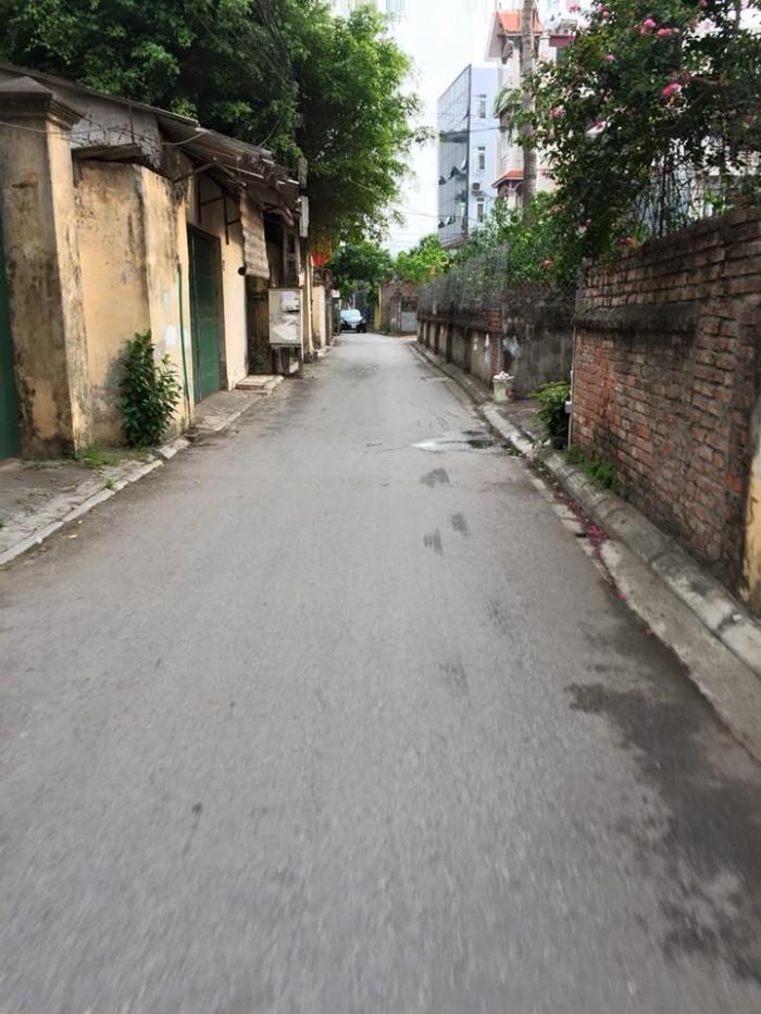 Tôi cần tiền nên bán gấp lô đất tái định cư 74m2 chỉ với giá 52 triệu/m2 Phường Phúc Lợi, Long Biên, Hà Nội
