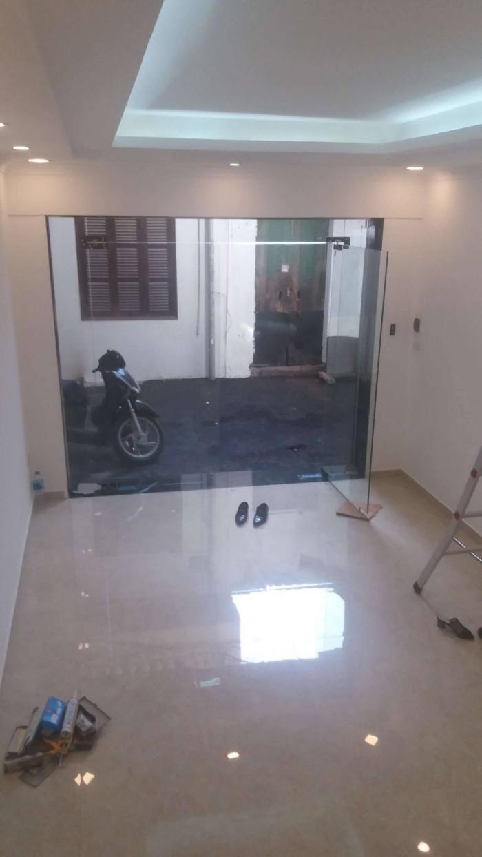 Chính chủ bán nhà 5 tầng xây mới phố Võng Thị - Tây Hồ