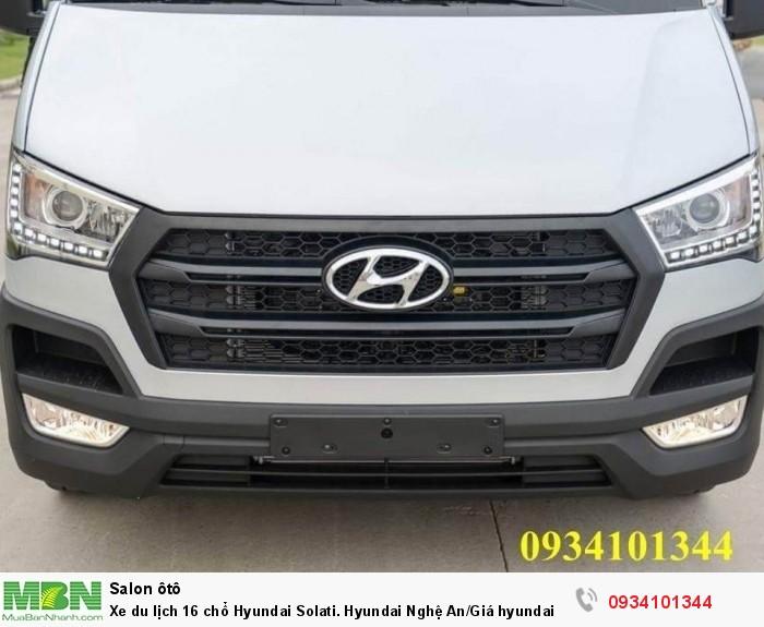 Xe du lịch 16 chổ Hyundai Solati. Hyundai Nghệ An/Giá hyundai 16 chổ. Hỗ trợ vay ngân hàng 70% 3