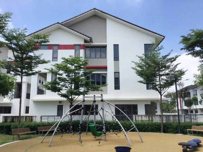 Cần Bán Gấp Biệt Thự Song Lập 220m2, Khu Dân Cư Trung Sơn.