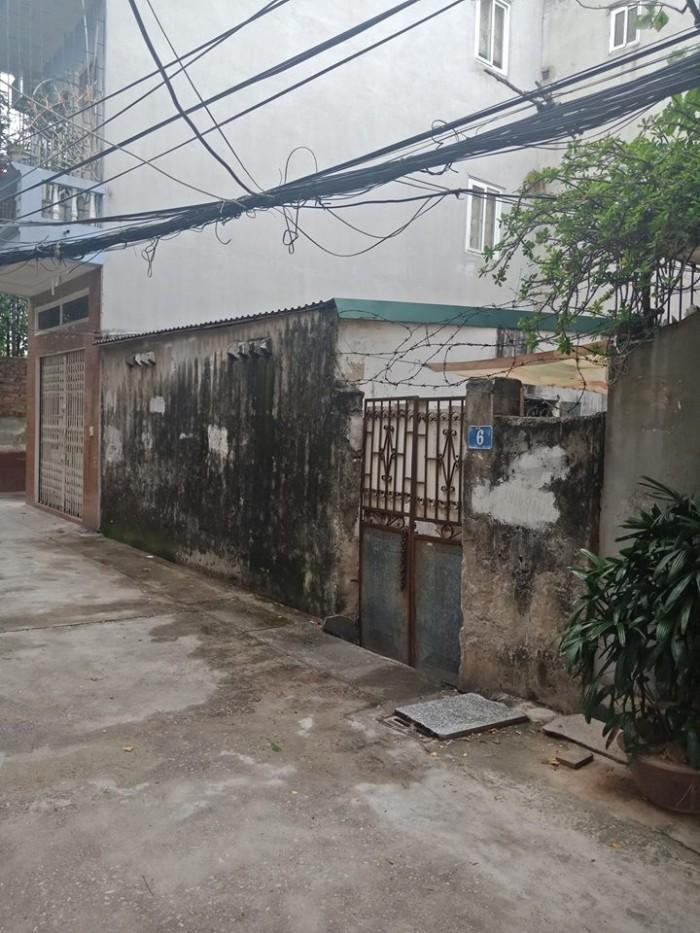 Chính chủ bán lô đất ngõ 155 Trường Chinh 70m2, MT 7.8m, ngõ ô tô quay đầu