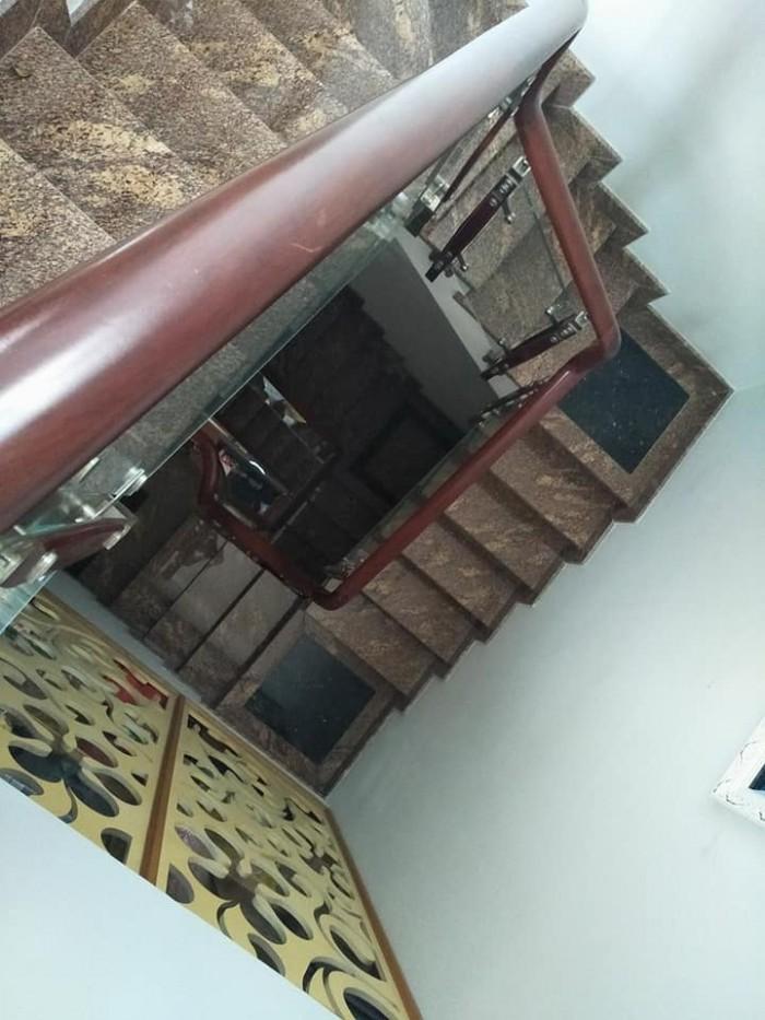 Nhà phố Tân Hải phường 13 Tân Bình, 85m2, 4 tầng, hẻm taxi