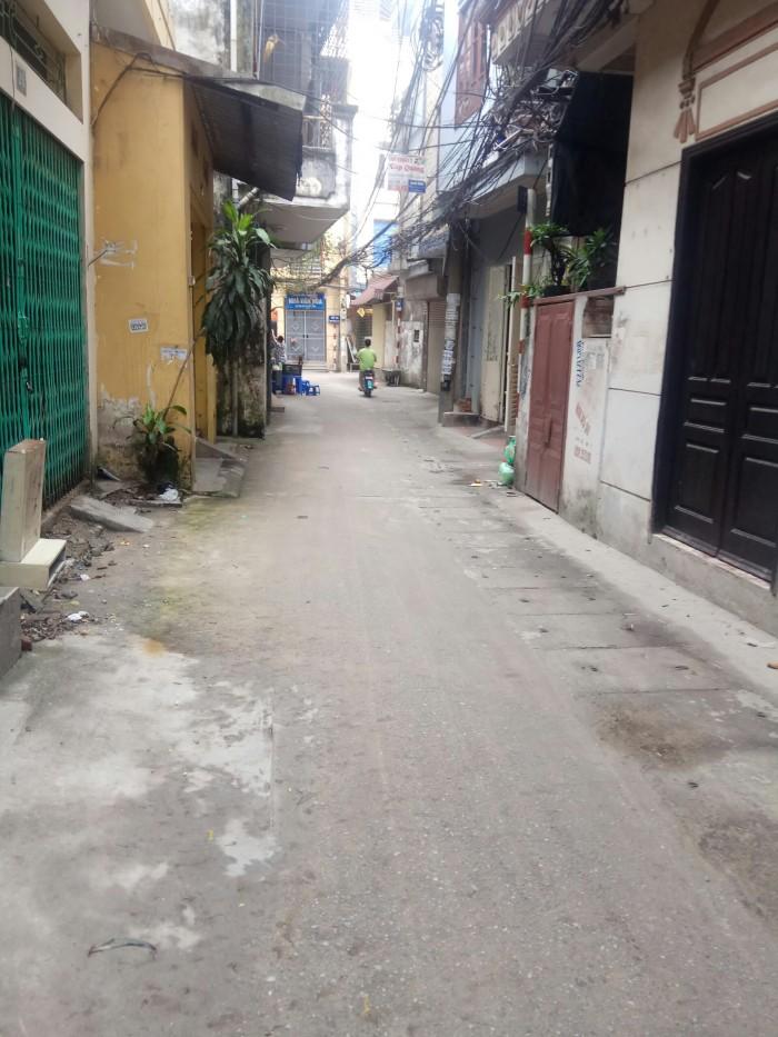 Bán nhà mặt ngõ 184 Trần Khát Chân ôtô đỗ cửa kinh doanh tốt Dt 40m2x4t giá 3.55 tỷ