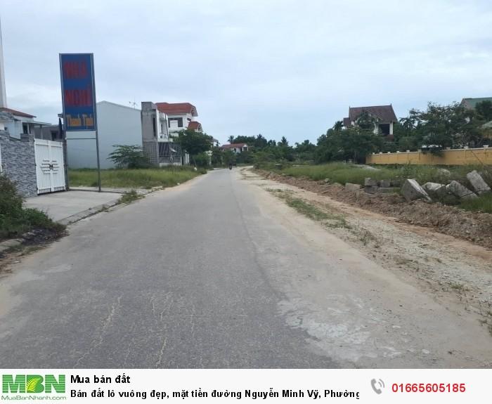 Bán đất lô vuông đẹp, mặt tiền đường Nguyễn Minh Vỹ, Phường Vỹ Dạ, Gần trung tâm tp, cách đường Phạm Văn Đồng 80m