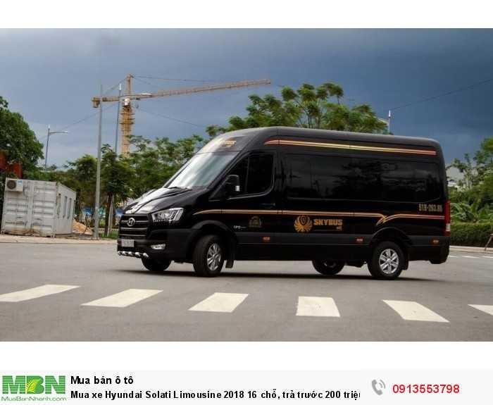 Mua xe Hyundai Solati Limousine 16 chỗ, trả trước 200 triệu, giao xe ngay - Hotline: 0913553798 (24/24)
