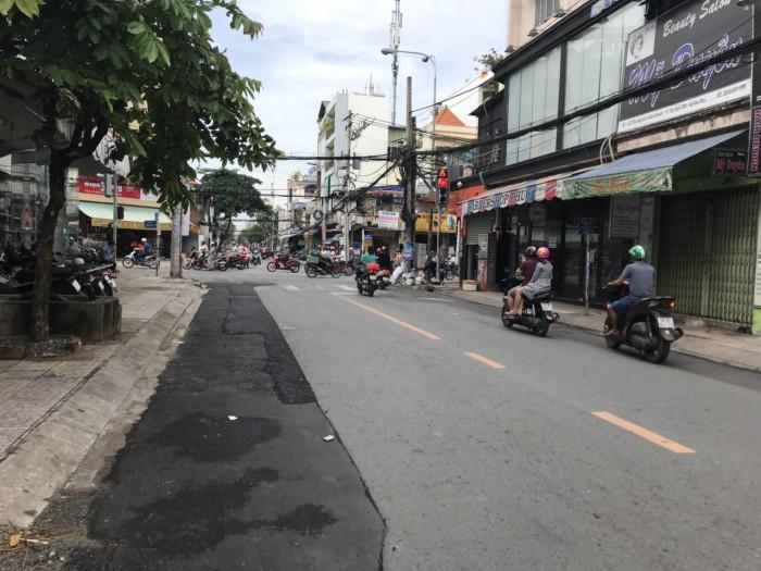 Cho thuê nhà MT đường Nguyễn Xuân Khoát , P Tân Thành Q Tân Phú