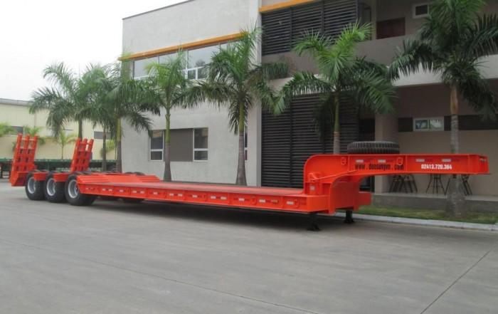 Bán Phooc Lùn 14m (chở xe máy công trình),sàn 6m,chịu lực cao,xe có sẵn,giá rẻ.