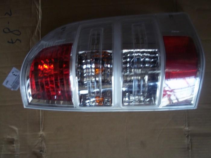 Đèn hậu Ford Ranger 2009-2011 1