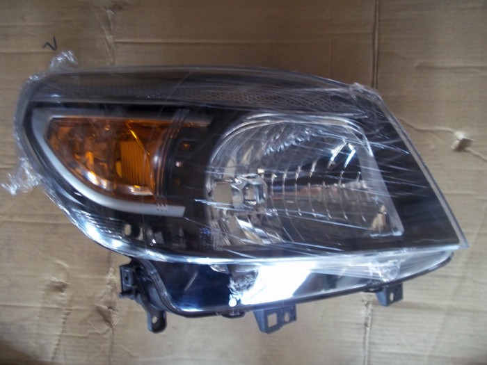 Đèn Pha Ford Ranger 2009-2011 2