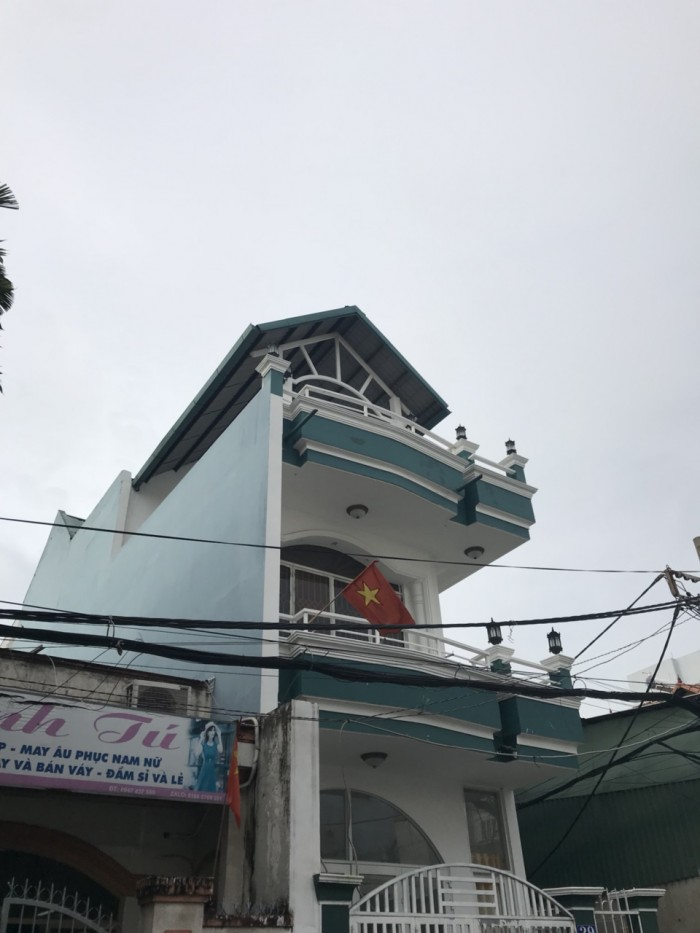 Cho thuê nhà MT đường số 18 , P Tân Quý Q Tân Phú