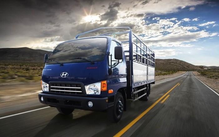 Xe tải HD700 Đồng vàng satxi, thùng kín, thùng bạt 7