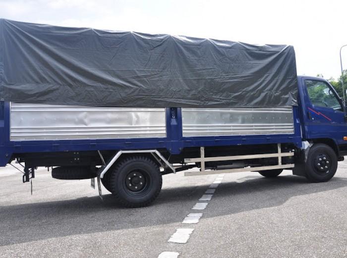 Xe tải HD700 Đồng vàng satxi, thùng kín, thùng bạt 6