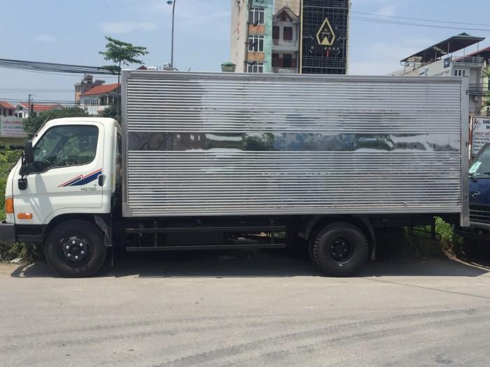 Xe tải HD700 Đồng vàng satxi, thùng kín, thùng bạt