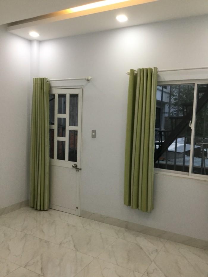 Nhà SHR 1 tum/1 trệt/1 lầu, dt 95 m2, 2,6 tỷ 990 Nguyễn Duy Trinh