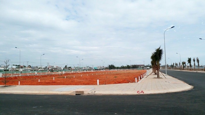 Đất ngay KCN Amata Long thành, mặt tiền đường Lê Duẩn