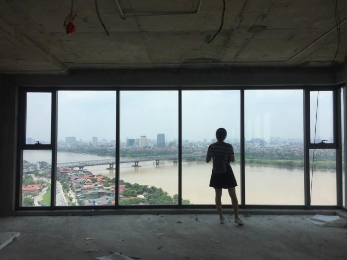Gia đình bán căn hộ 2314 toà B chung cư Mipec Riverside Long Biên, 148m, 3PN
