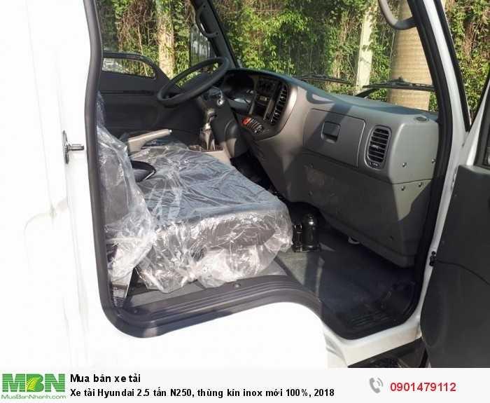 Xe tải Hyundai 2.5 tấn N250, thùng kín inox mới 100%, 2018 5