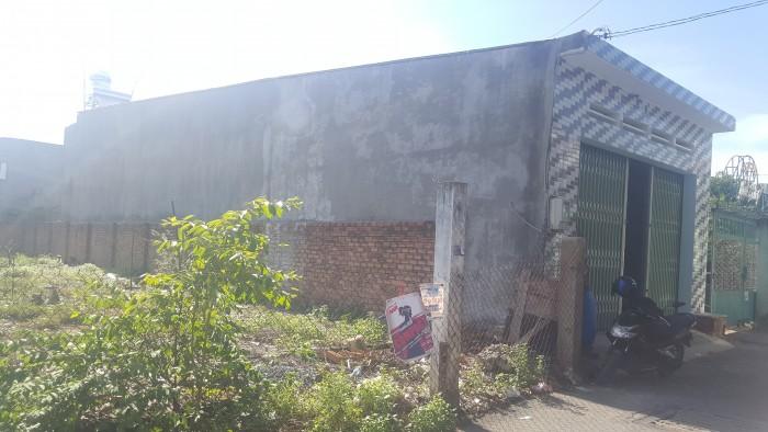 Nhà mtiền tại hẻm 82 đường 138 ,p. tân phú 135,4m2 thổ cư
