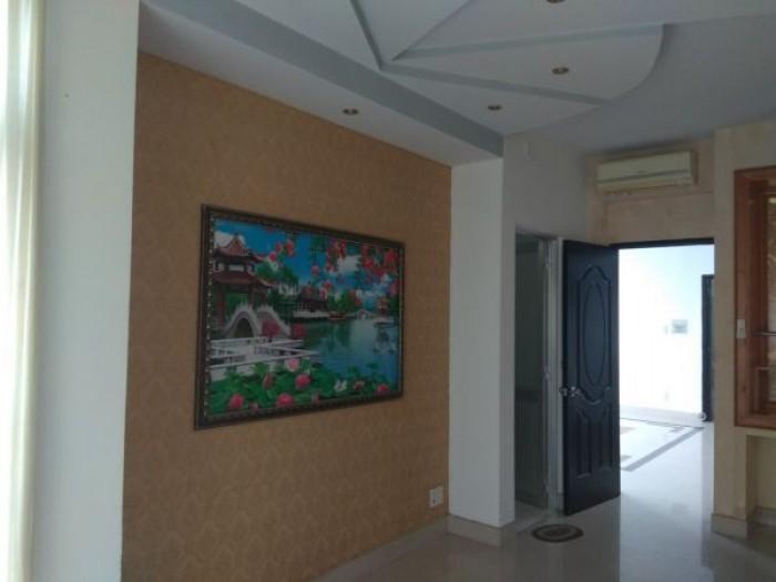 Bán biệt thự 1 trệt/2 lầu mặt tiền đường số 9 Phú Hữu, KDC Khang An
