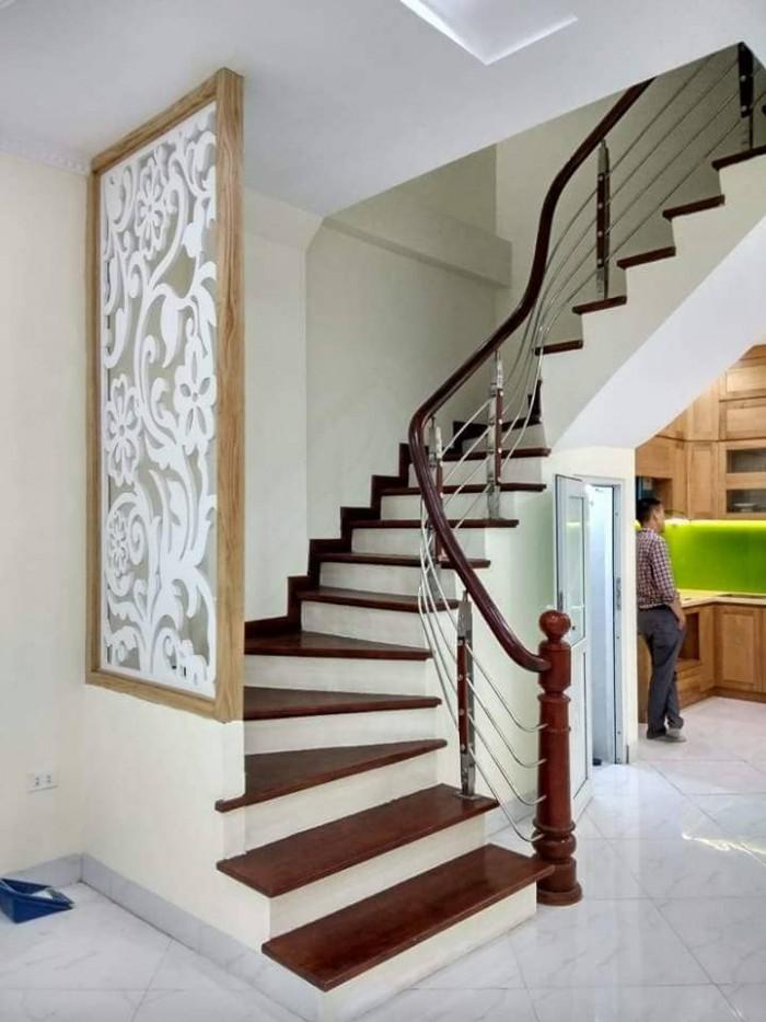 Nhà đẹp Giá Yêu 31m2 5 tầng MT 3.8m Giá 3,36 tỷ đường Doãn Kế Thiện, CẦu Giấy, Hà Nội, Siêu Hót.