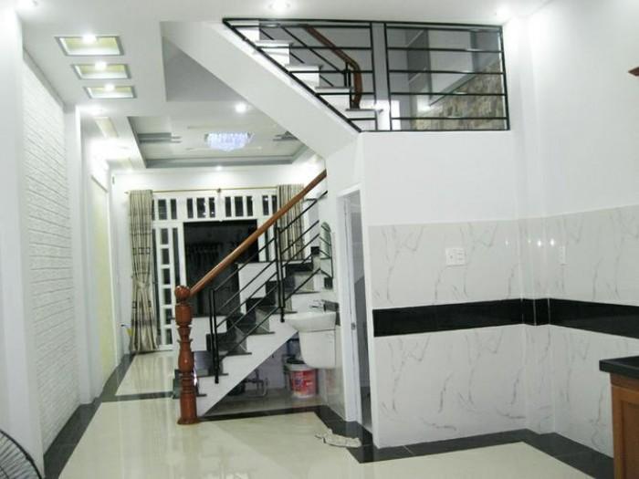 Bán nhà!!! 68m2 MT Nguyễn Tất Thành.
