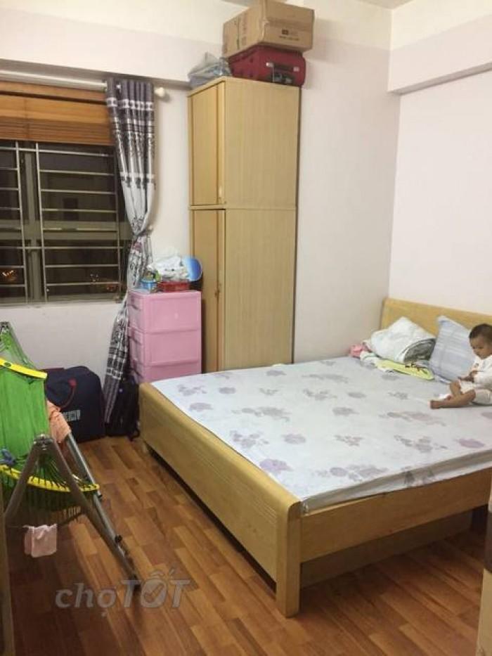 Bán gấp căn hộ CT4A Xala, 63m2,2 ngủ ,có nội thất, giá 1tỷ 60 triệu.
