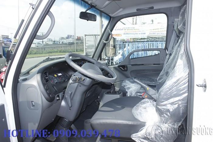 Giá xe tải Hyundai 2t4 thùng bạt 8