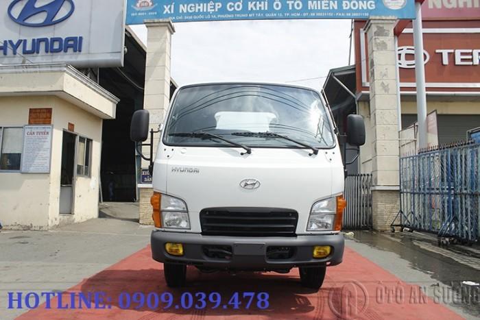 Giá xe tải Hyundai 2t4 thùng bạt 4
