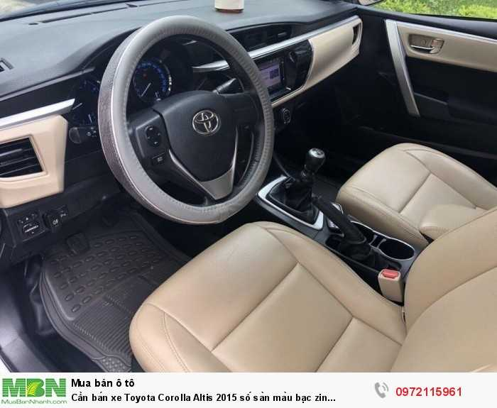 Cần bán xe Toyota Corolla Altis 2015 số sàn màu bạc zin cọp 3