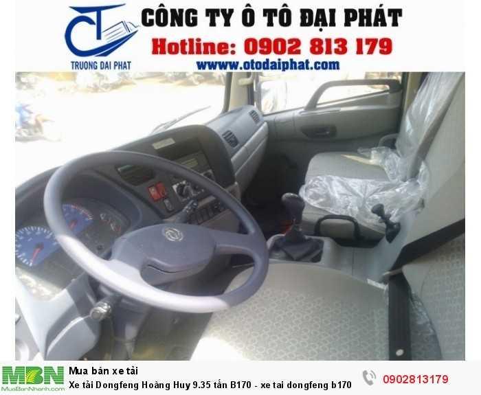NỘI THẤT: Không gian bến trong cabin xe tải dongfeng b170 9.35 tấn được thiết kế rộng rãi, thoáng mát. Bảng điều khiển được bố chí khoa học, giúp cho người dùng dễ dàng quan sát, vận hành khi di chuyển. Hệ thống giải chí (FM/CD/ MP3) tiện nghi. Điều hòa công suất lơn, làm mát nhanh taoh cảm giác dễ chịu khi lưu thong trên đường.